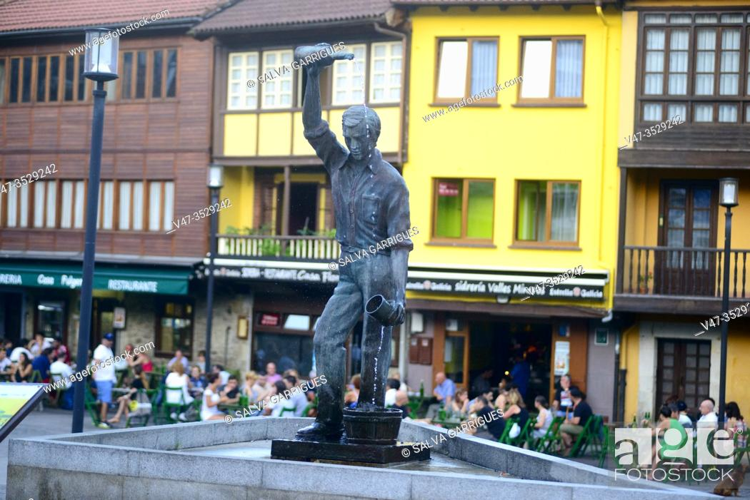 Imagen: Cider monument in the Requejo neighborhood, Mieres, Asturias, Spain.