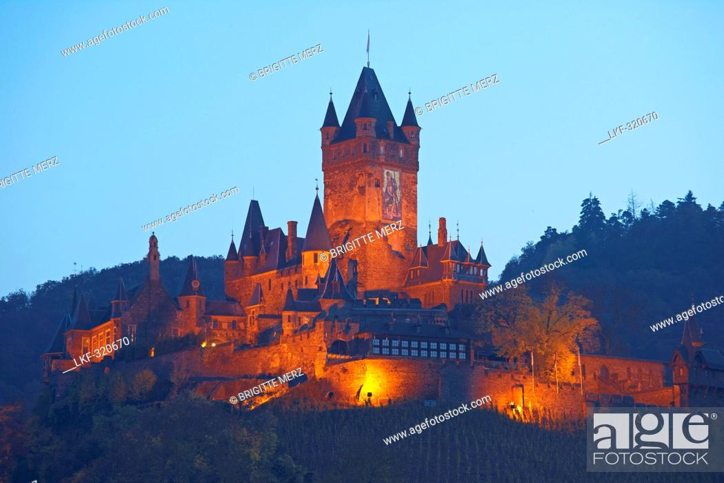 Stock Photo: View at the Reichsburg castle built about 1100 under Pfalzgraf Ezzo at Cochem, Mosel, Rhineland-Palatinate, Germany, Europe.