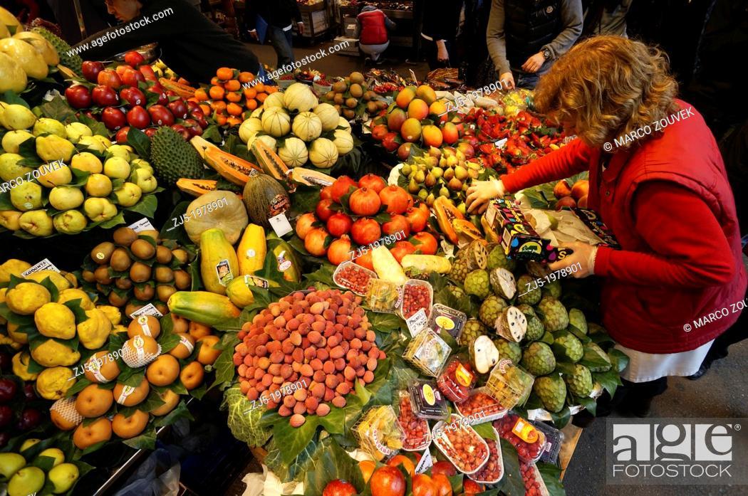 Imagen: Food market La Boqueria Barcelona, Catalonia, Spain.