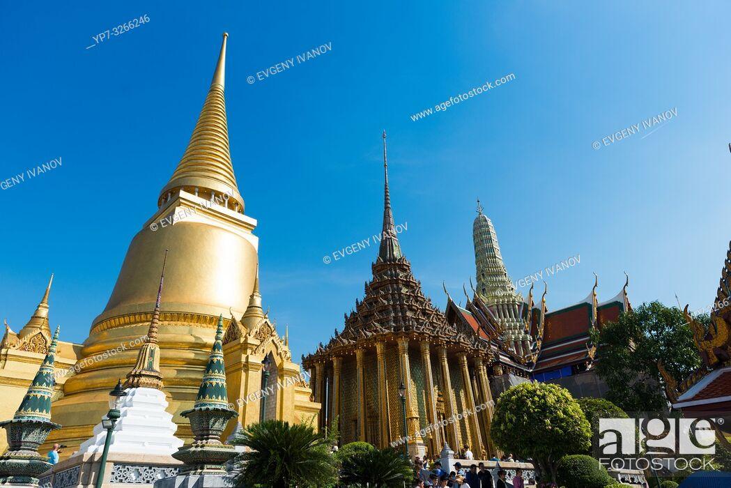 Stock Photo: Temple of Emerald Budda with Phra Si Rattana Chedi, Bangkok, Thailand.