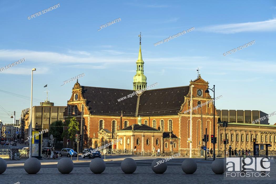 Stock Photo: Die evangelisch-lutherische Holmens Kirke in Kopenhagen, Dänemark, Europa | Parish church The Holmen Church in central Copenhagen, Denmark, Europe.