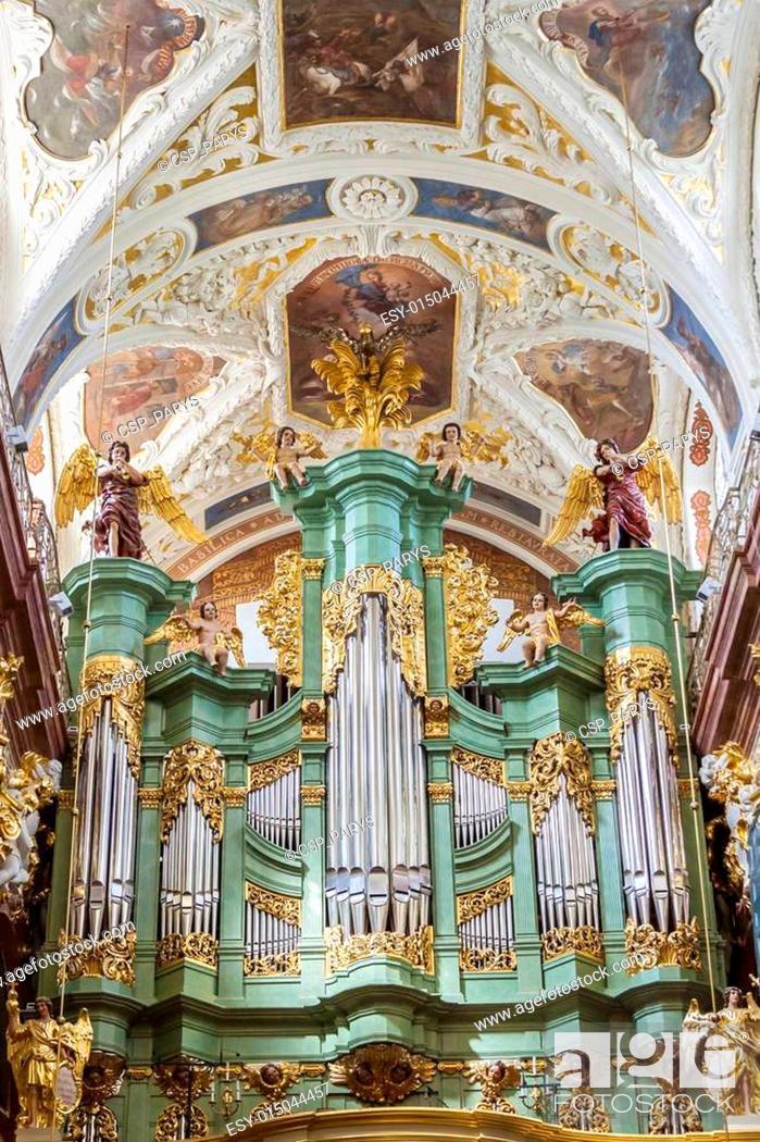 Stock Photo: Beauty organ in Jasna Gora Sanctuary - Czestochowa, Poland.