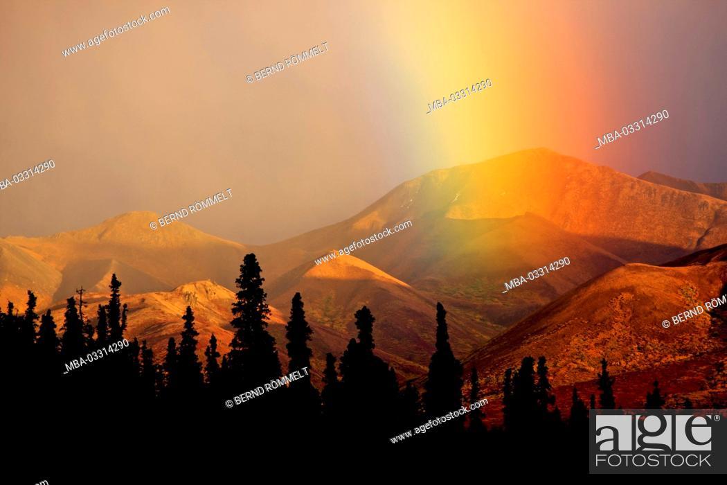 Photo de stock: North America, the USA, Alaska, Denali national park, rainbow, Alaska Range,.