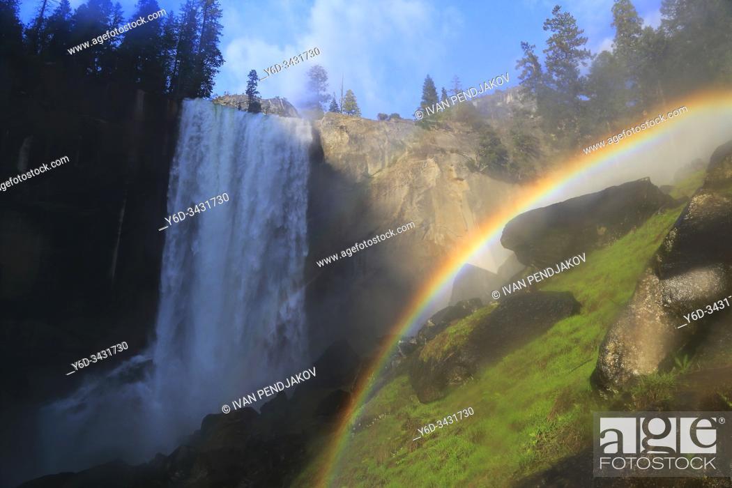 Stock Photo: Vernal Fall, Yosemite National Park, California, USA.