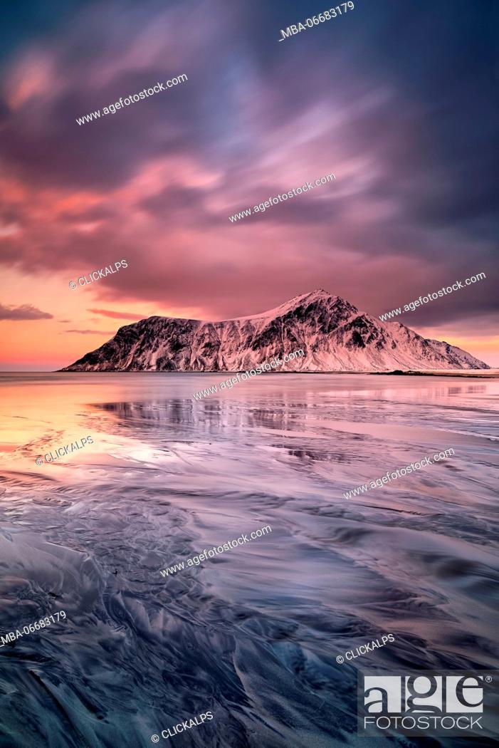 Stock Photo: Skagsanden beach, Lofoten Islands, Norway.