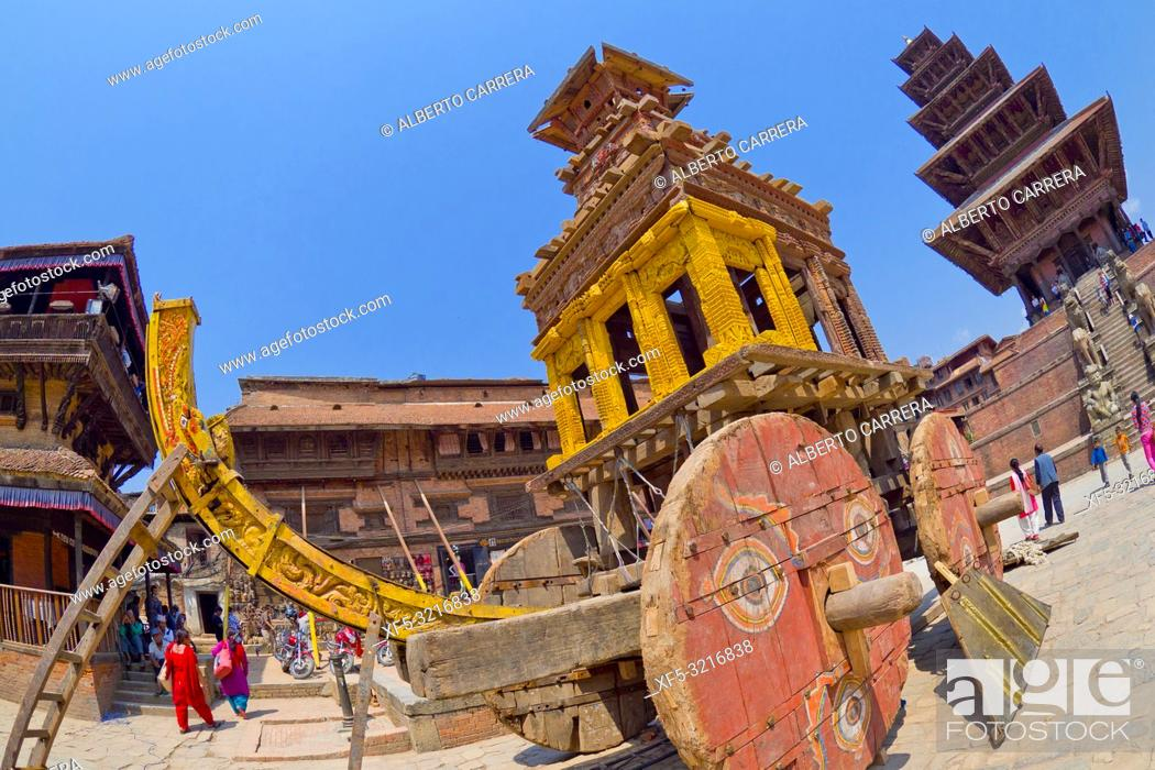 Stock Photo: Bisket Jatra Festival Wooden Chariot, Durbar Square, UNESCO World Heritage Site, Patan, Latipur, Bhaktapur, Kathmandu, Nepal, Asia.