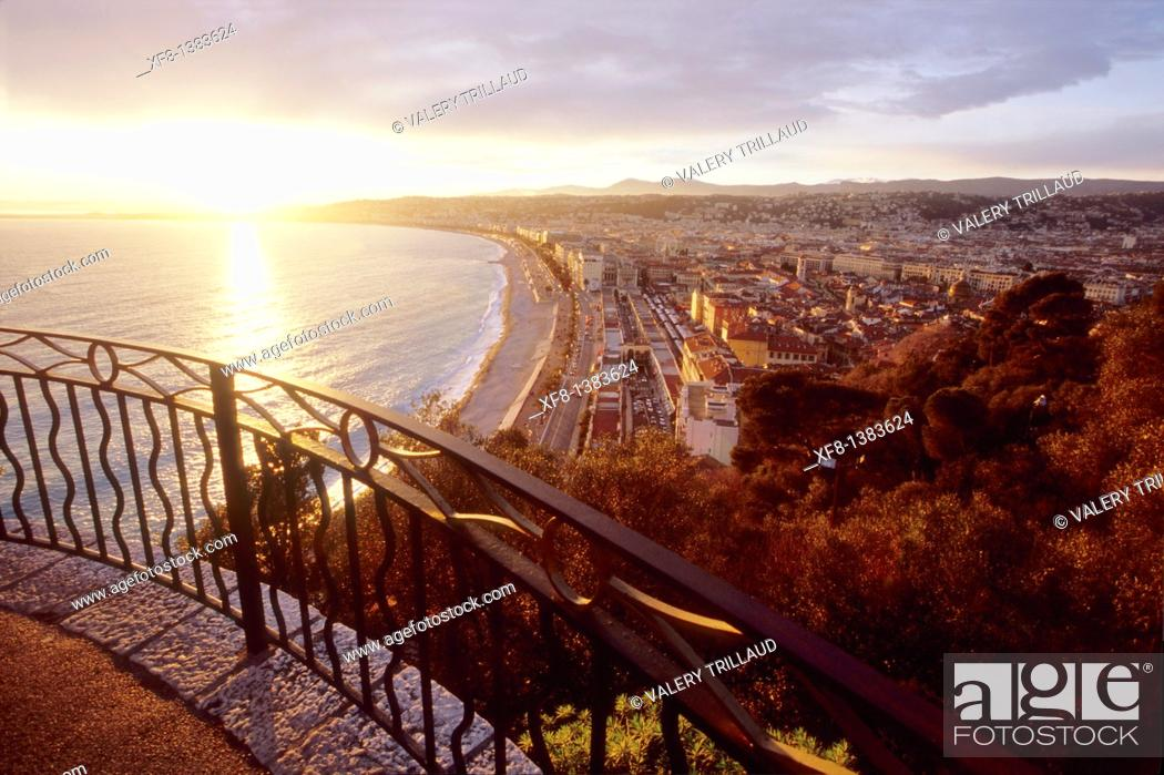Stock Photo: Sunset in Nice, Alpes-Maritimes, Provence-Alpes-Côte d'Azur, France.