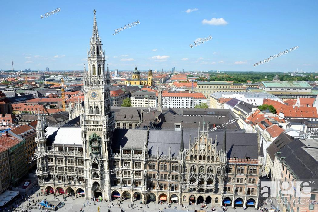 Stock Photo: MUNICH, GERMANY - MAY 28. View over the Marienplaz in Munich, Germay on May 28. It has been the city's main square since 1158.