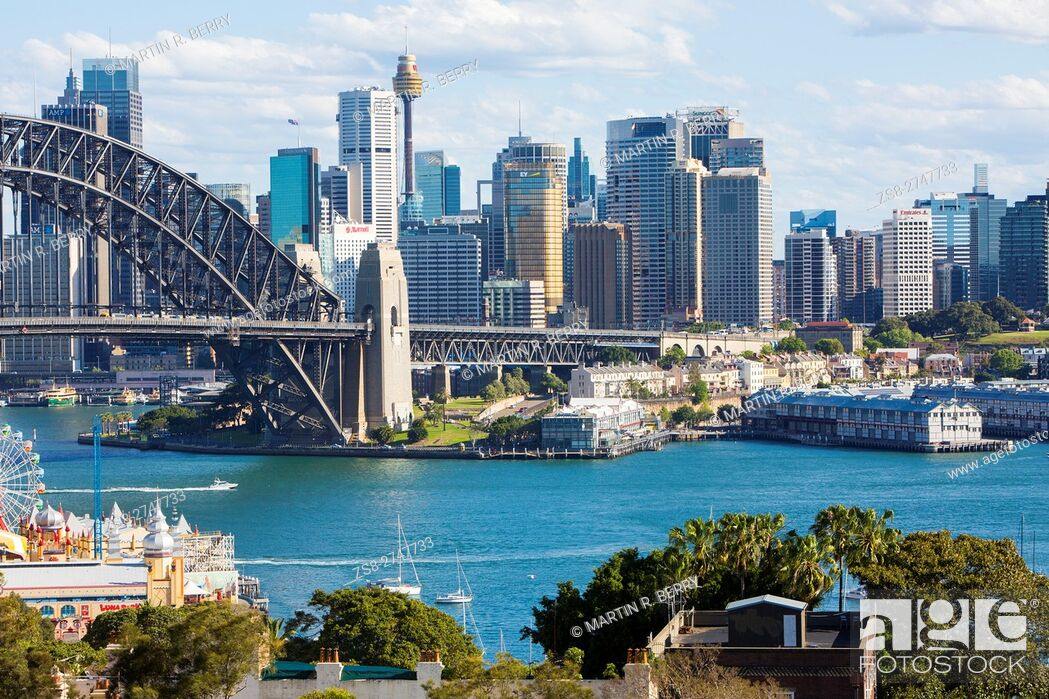 Stock Photo: Sydney cityscape and harbour bridge, New South Wales, Australia.