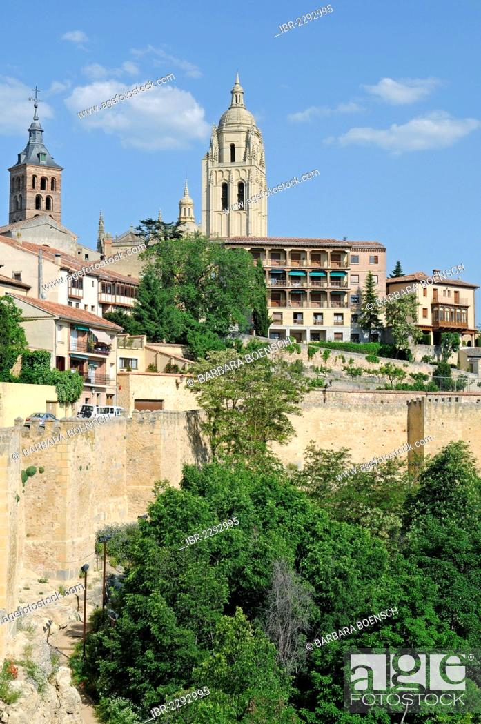 Stock Photo: Cathedral, city walls, Segovia, Castile and León, Spain, Europe, PublicGround.