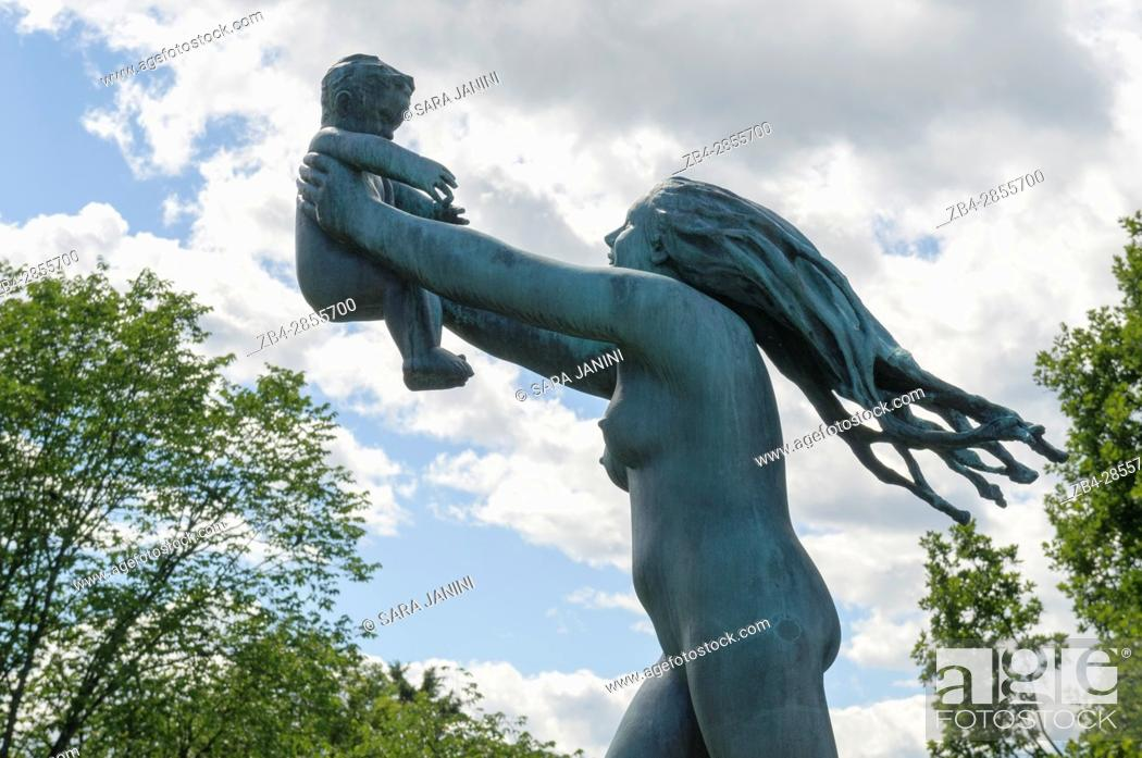 Stock Photo: Vigeland Sculpture Park by sculptor Gustav Vigeland (1869-1943) with more than 200 sculptures in bronze, granite and cast iron, Oslo, Norway.