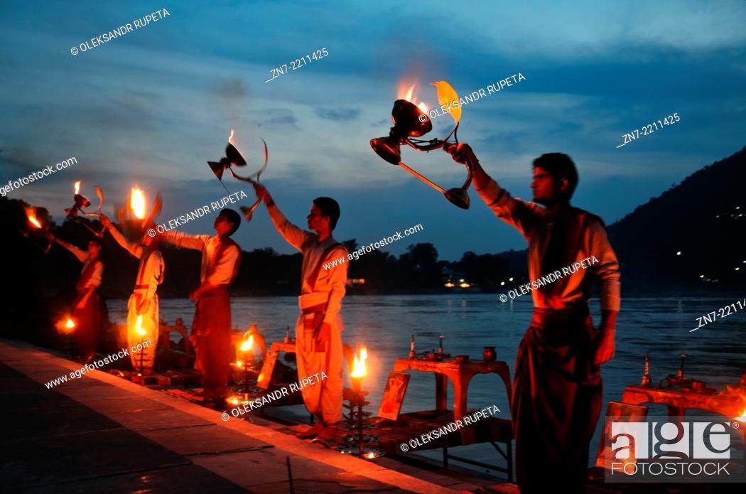 Stock Photo: Evening Ganga Aarti Ceremony in Rishikesh.