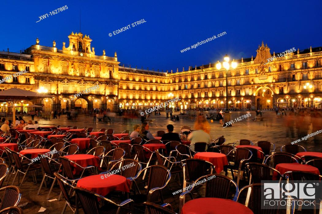 Photo de stock: Europe, Spain, Castile and Leon, Castilia y Leon, Salamanca, Plaza Mayor, city square, Unesco World Heritage Site,.