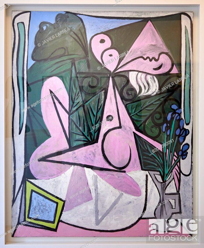 """Stock Photo: """"Nu au bouquet d'iris et au miroir"""", 1934, Pablo Picasso, Picasso Museum, Paris, France, Europe."""