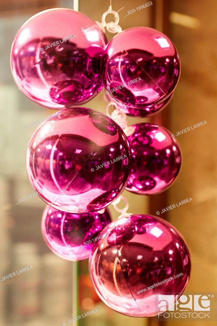 Stock Photo: Christmas decorations, Bayonne, Aquitaine, Pyrénées-Atlantiques, Basque country, 64, France.