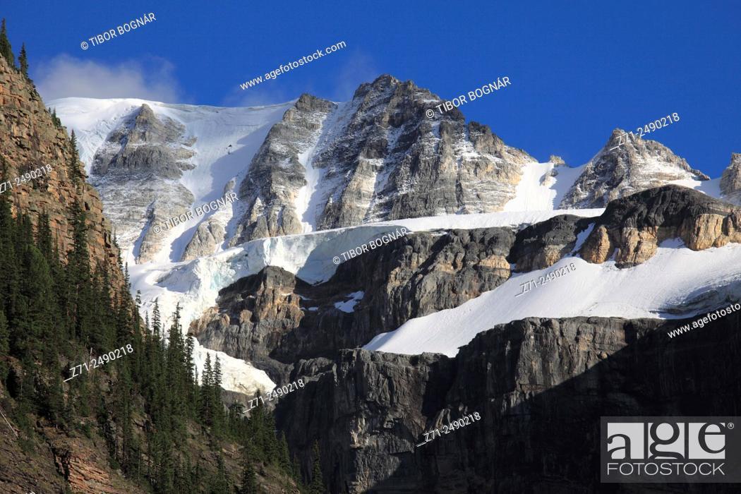 Stock Photo: Canada, Alberta, Banff National Park, Valley of Ten Peaks,.