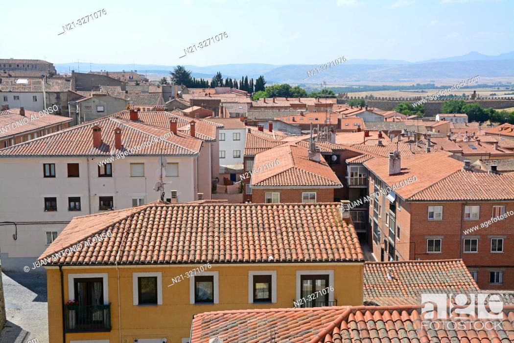 Imagen: A neighbourhood in Avila, Castilla-Leon, Spain, Europe.