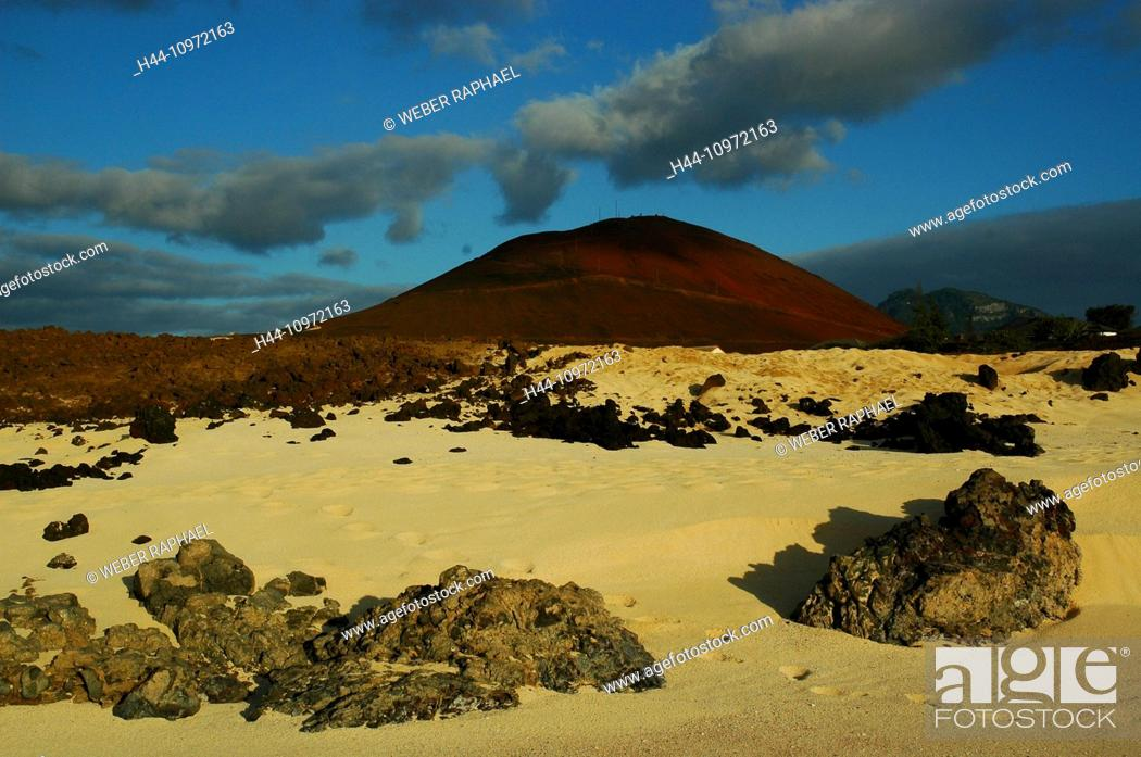 Imagen: Ascension, Ascension Island, coast, sand beach, volcano, mountain, red, clouds, evening, rock, cliff,.