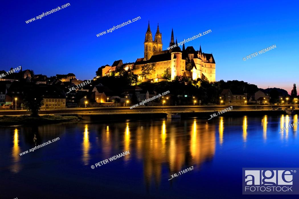 Stock Photo: The Albrechtsburg Castle in Meissen at Night, Elbe River, near Dresden, Saxony, Germany.