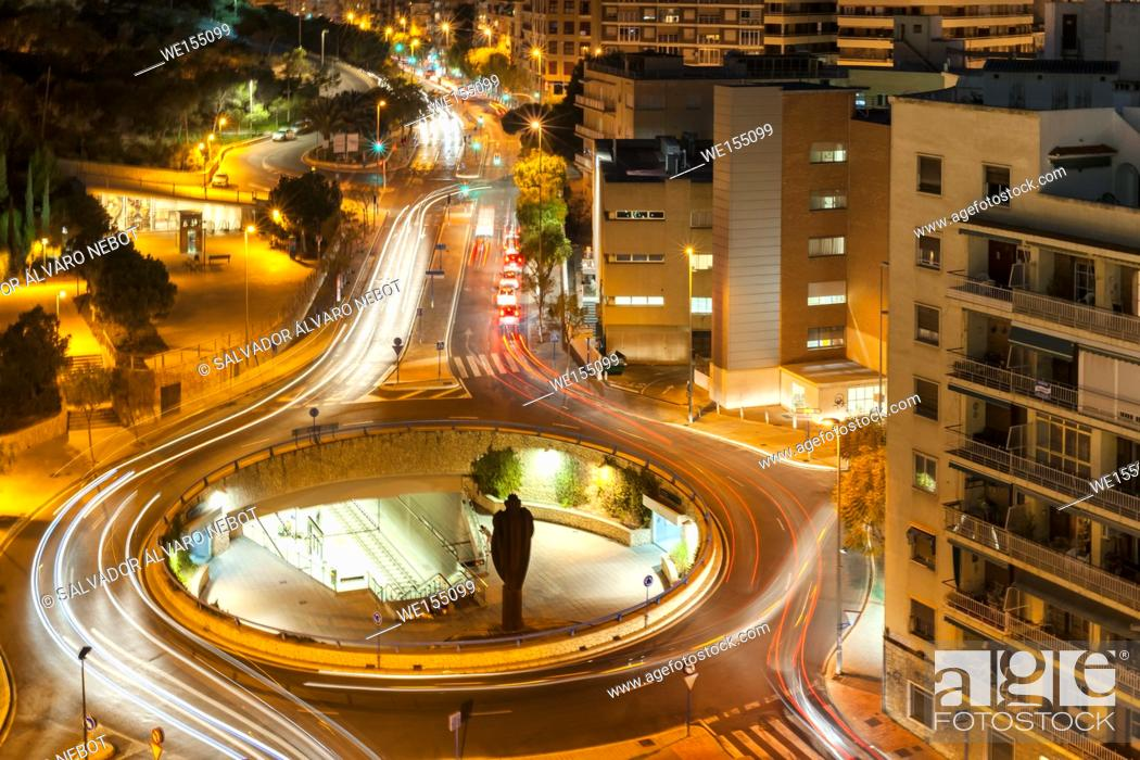 Imagen: Night view of the city of Alicante, Spain, Europe.