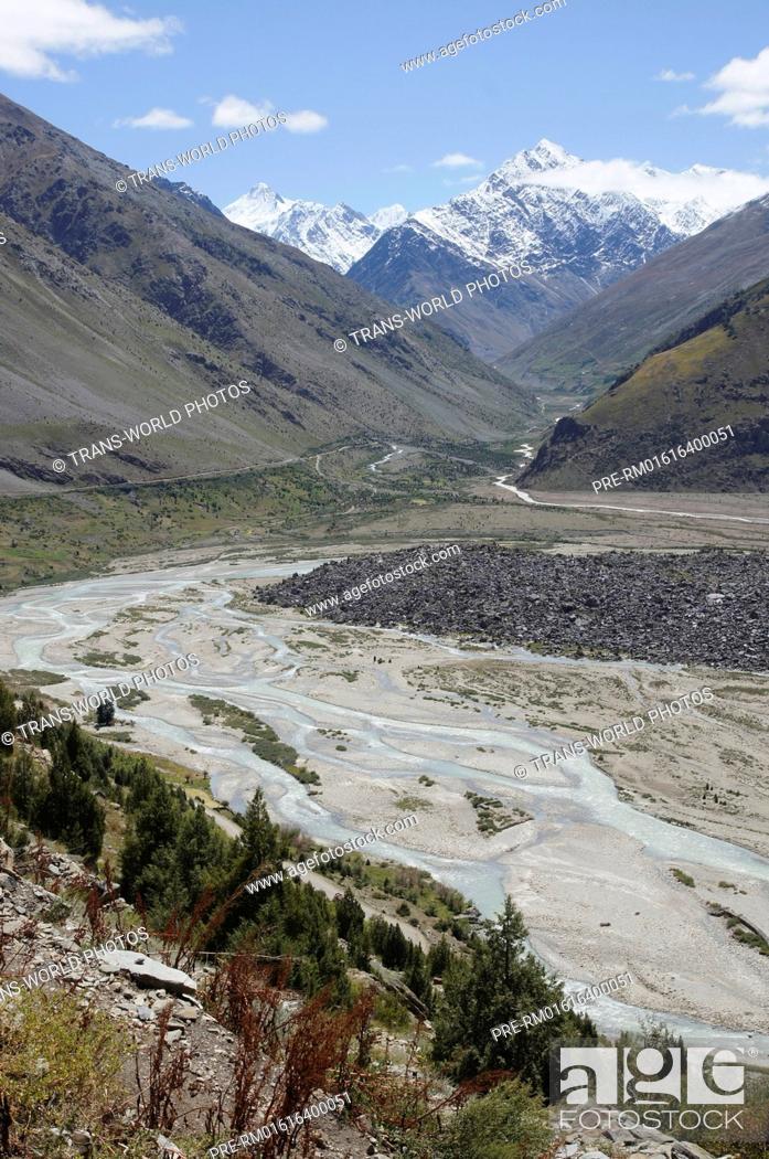 Stock Photo: Bhaga River, Manali-Leh Highway, Lahaul and Spiti, Himachal Pradesh, India / Fluß Bhaga, Manali-Leh Highway, Lahaul und Spiti, Himachal Pradesh, Indien.