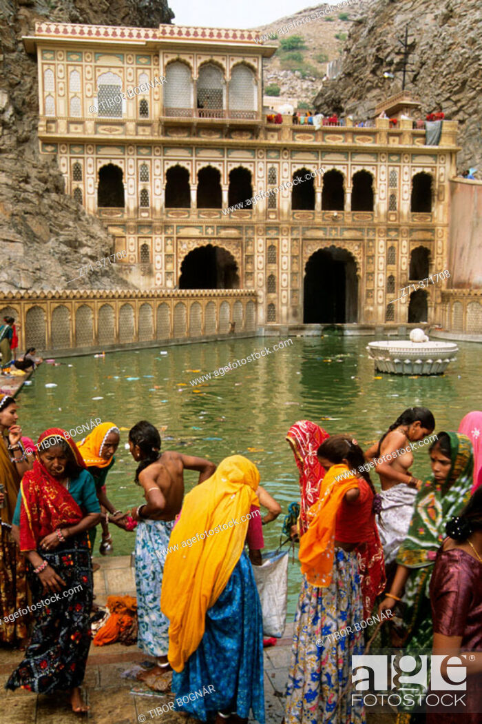 Stock Photo: Festival. Galta Temple. Jaipur. Rajasthan. India.