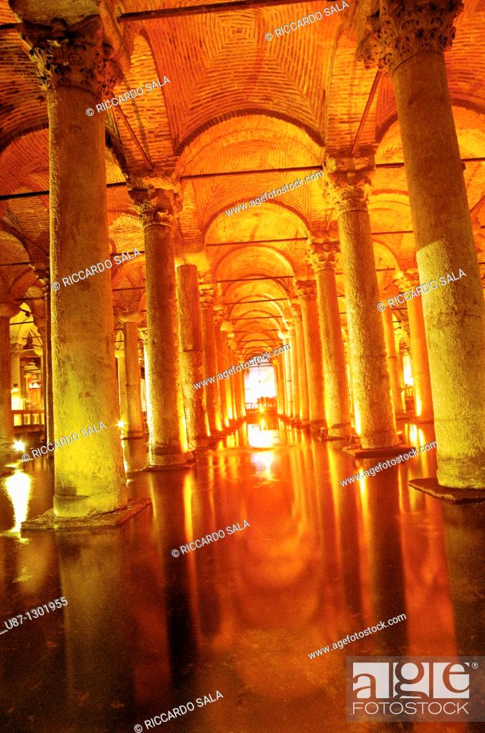 Stock Photo: Turkey, Instanbul, Sunken Palace, Basilica Cistern, forest of columns.