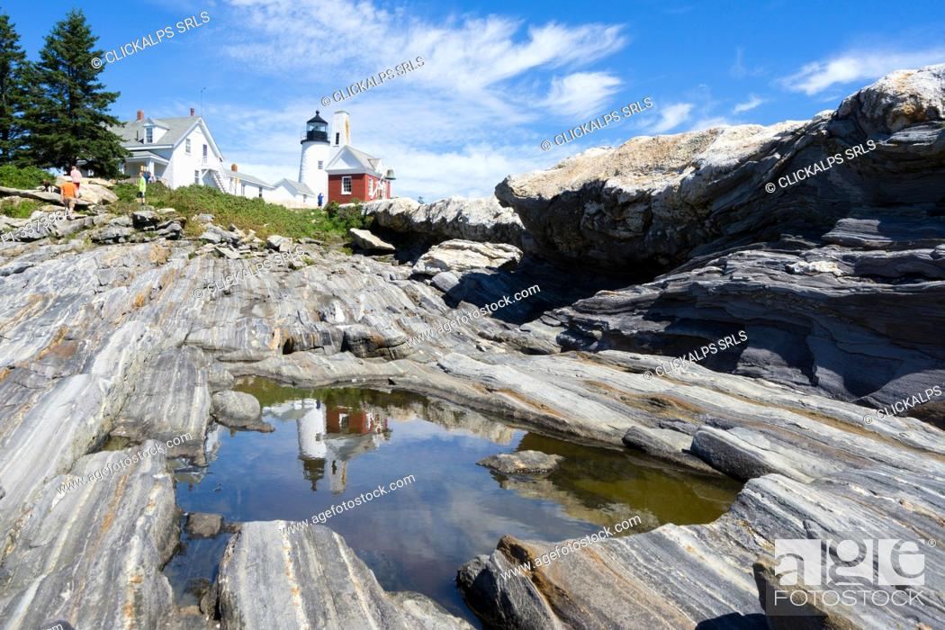 Stock Photo: Permaquid Point Lighthouse, Bristol, Lincoln County, Maine, USA.