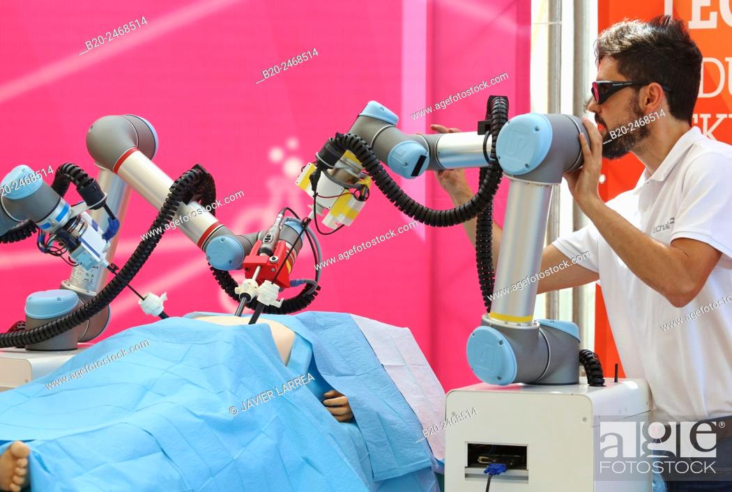 Imagen: Development of a surgical robot with 3D vision and tactile sensations..This project has relied on the advice of surgeons for the design and manufacture of the.