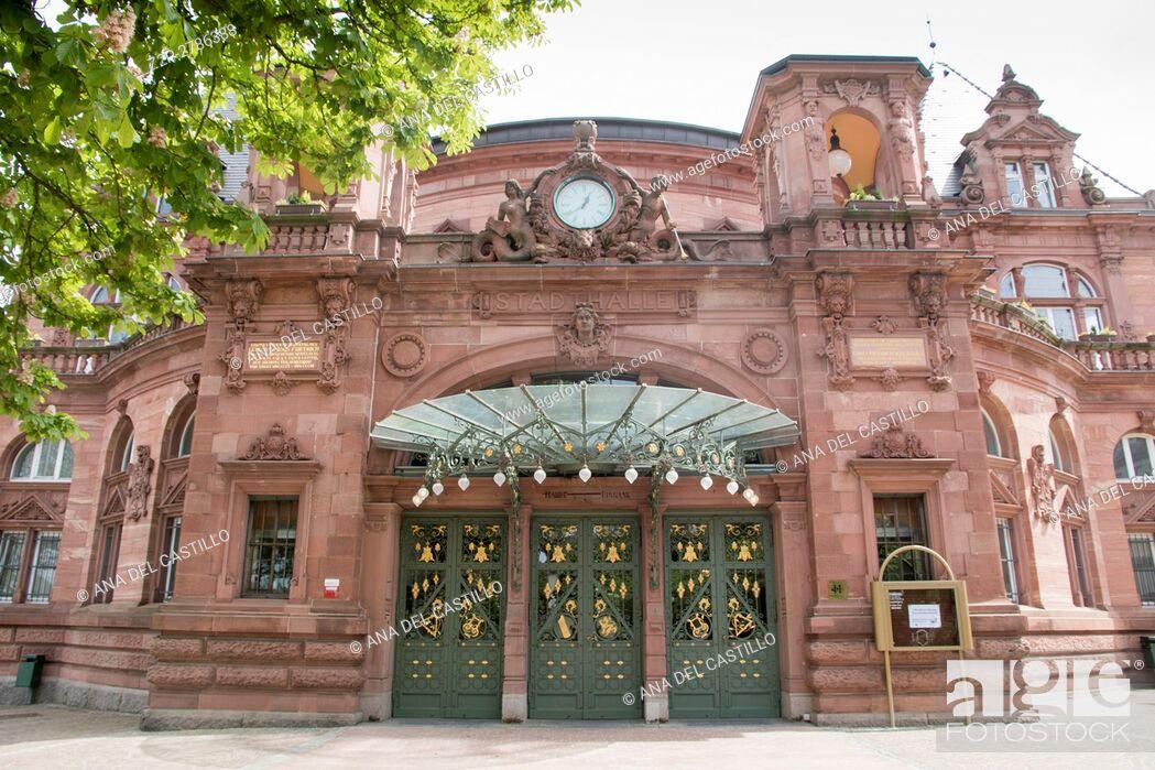 Imagen: Heidelberg in Germany cityscapeCongress center.