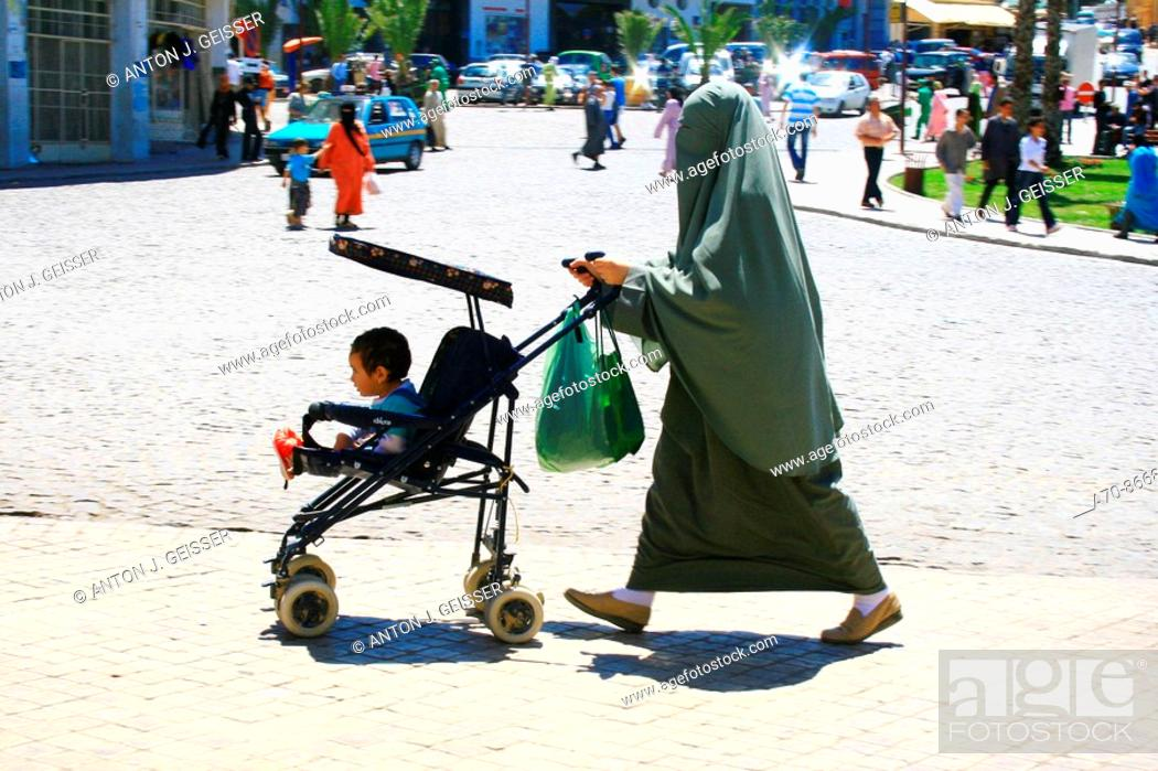 Stock Photo: Strassenscene in Tanger (Morocco).