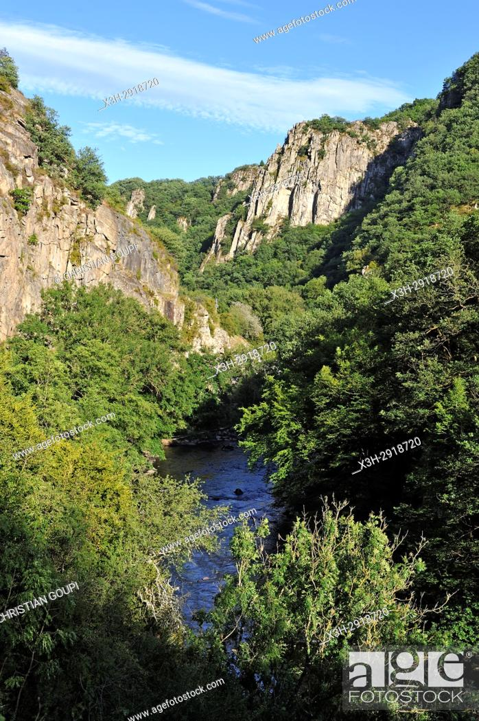 Stock Photo: Gorge of the Sioule River near Chouvigny, Puy-de-Dome department, Auvergne-Rhone-Alpes region, France, Europe.