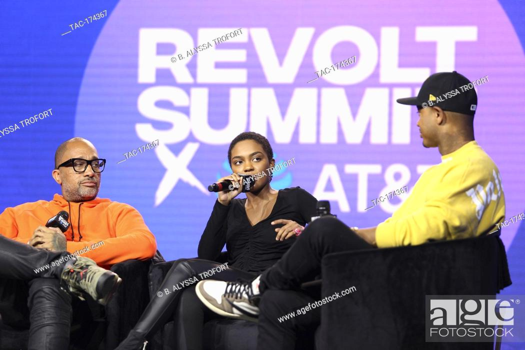 Imagen: (L-R) Telling Our Stories (Black Hollywood) panel with Kenya Barris, China Anne McClain and Terrence J at the Revolt Summit x AT&T LA on October 25.