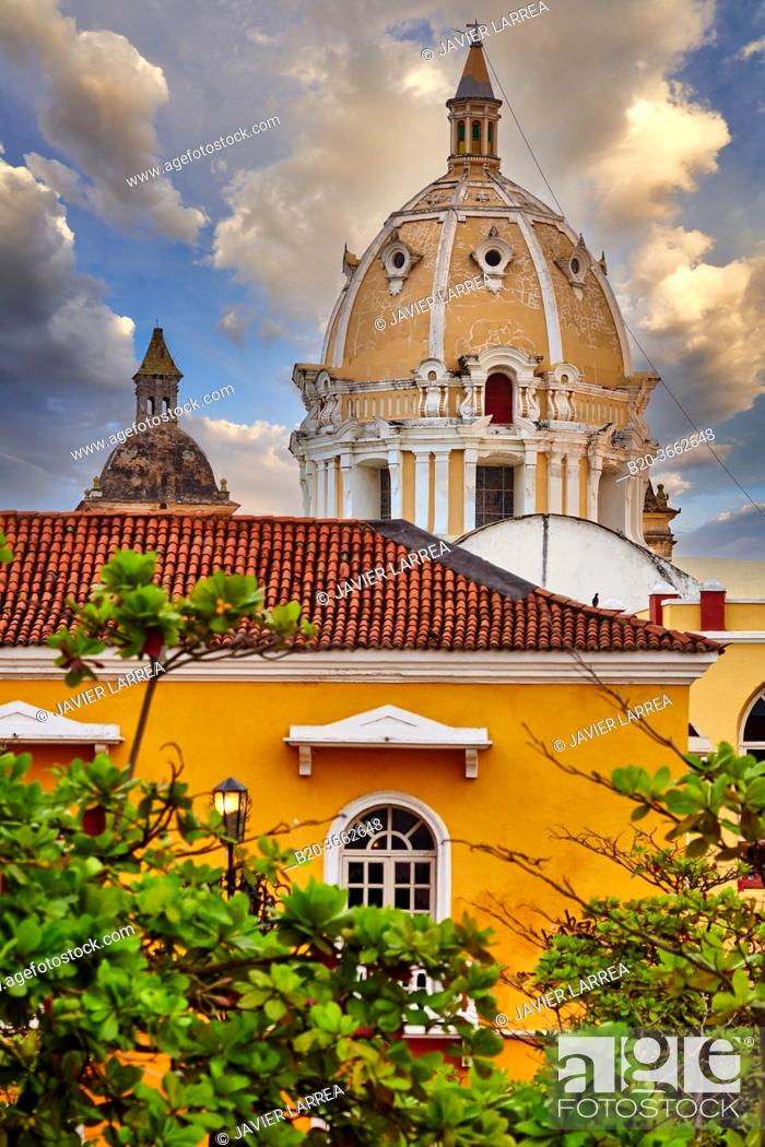Stock Photo: Plaza Santa Teresa, San Pedro Claver Church, Cartagena de Indias, Bolivar, Colombia, South America.