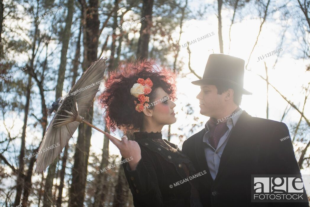 Imagen: Couple dressed in gothic theme for their engagement portrait; Pittsboro, North Carolina, USA.