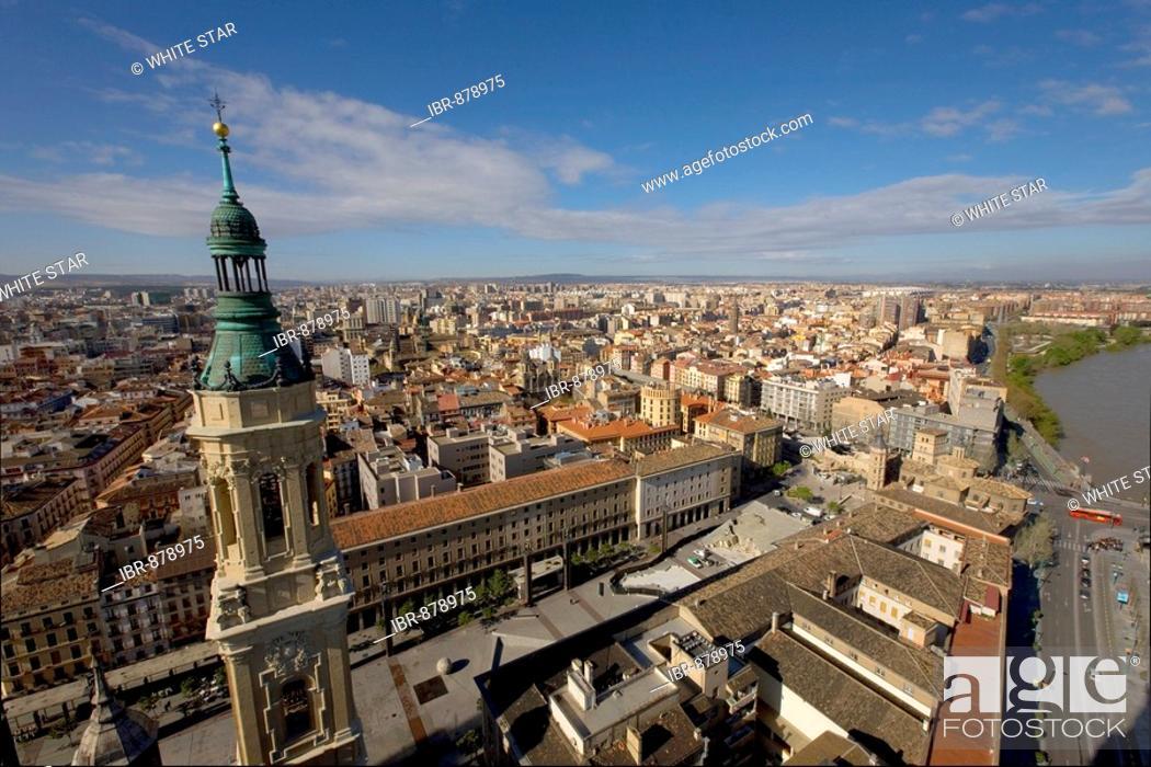 Stock Photo: View of the city from the Basilica del Pilar, host city of Expo 2008, Zaragoza, Aragon, Spain, Europe.
