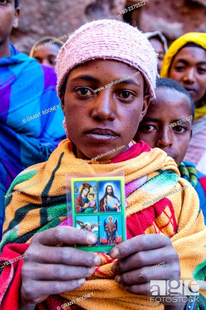 Imagen: Christian Pilgrims, Biete Giyorgis (Church of Saint George), Lalibela, Ethiopia.