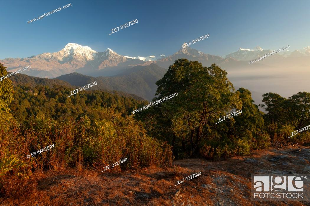 Stock Photo: Hiking trail leading past Machapuchare, Annapurna South, Himchuli in the Himalayas, Nepal.