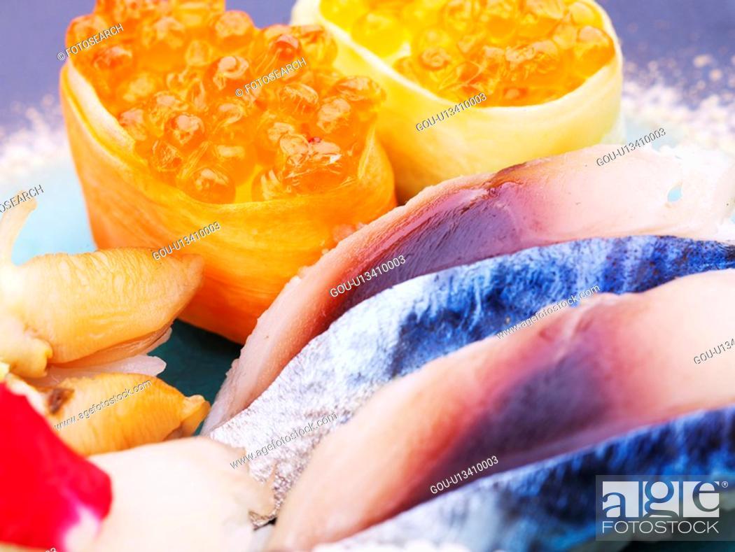 Stock Photo: roll sushi, plate, salmon roe, decoration, food styling, mackerel sushi, sushi plate.