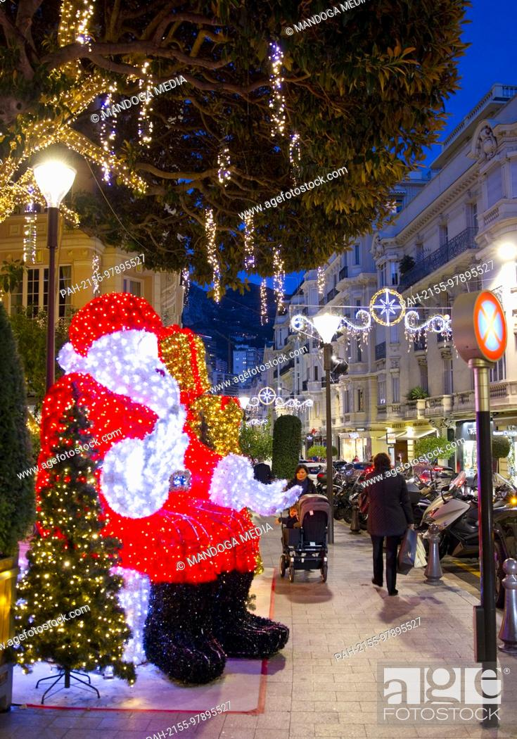 Stock Photo: Monte Carlo, Monaco - December 12, 2017: Christmas Atmosphere in Monaco, Noel a Monaco | usage worldwide. - Monte Carlo/Monaco.