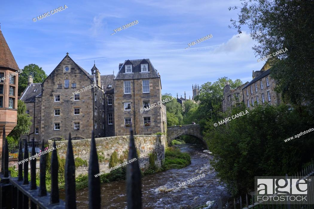 Stock Photo: Scotland. Edinburgh. The Dean Village is a tranquil green oasis on the Water of Leith, only five minutes walk from Princes Street.