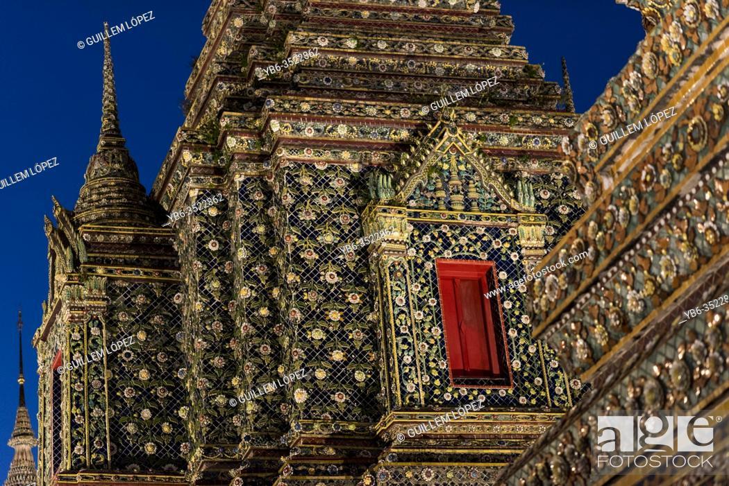 Stock Photo: Buddhist Stupa at the Wat Pho Buddhist temple in Bangkok, Thailand.