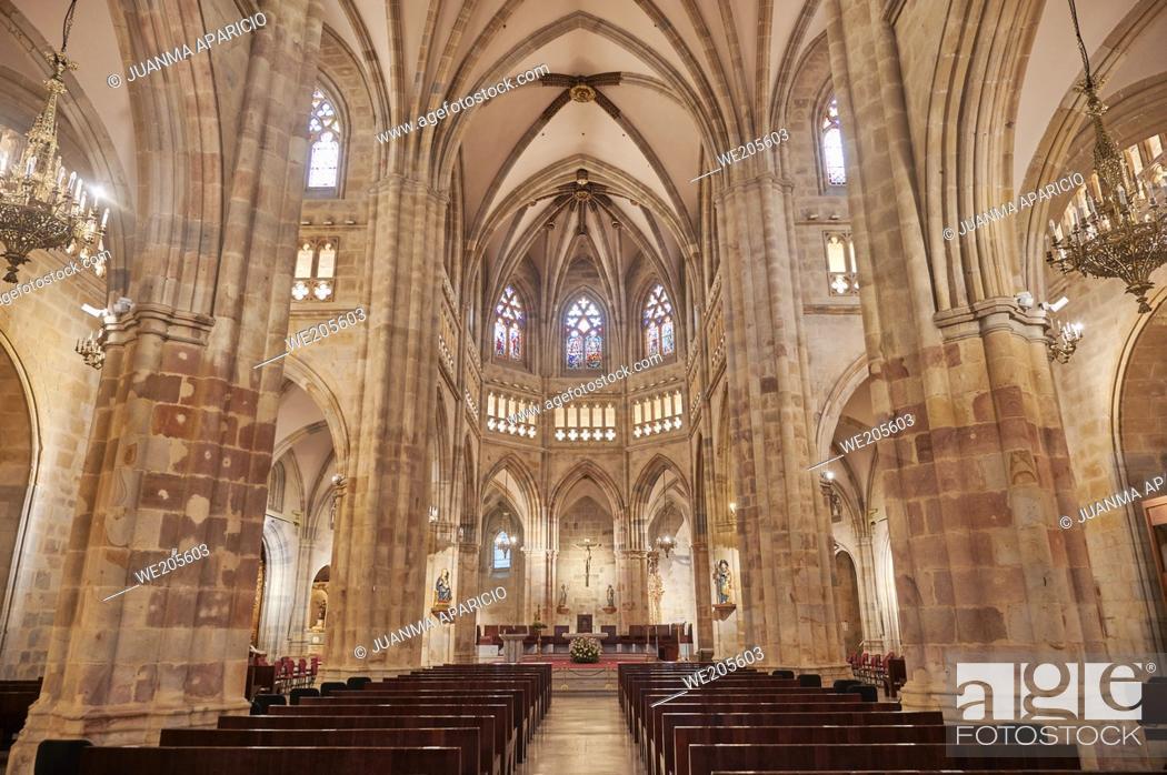 Stock Photo: Interior of Santiago's Cathedral, bilbao, biscay, basque country, euskadi, euskal herria, spain, europe.