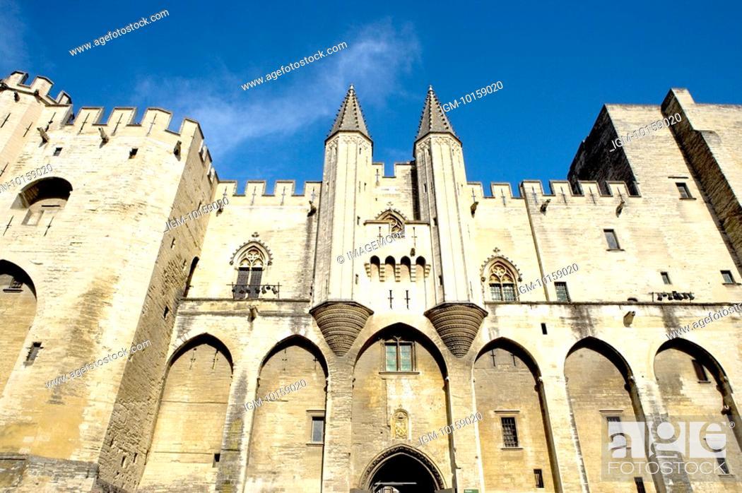 Stock Photo: France, Provence, Avignon, Pope's Palace.