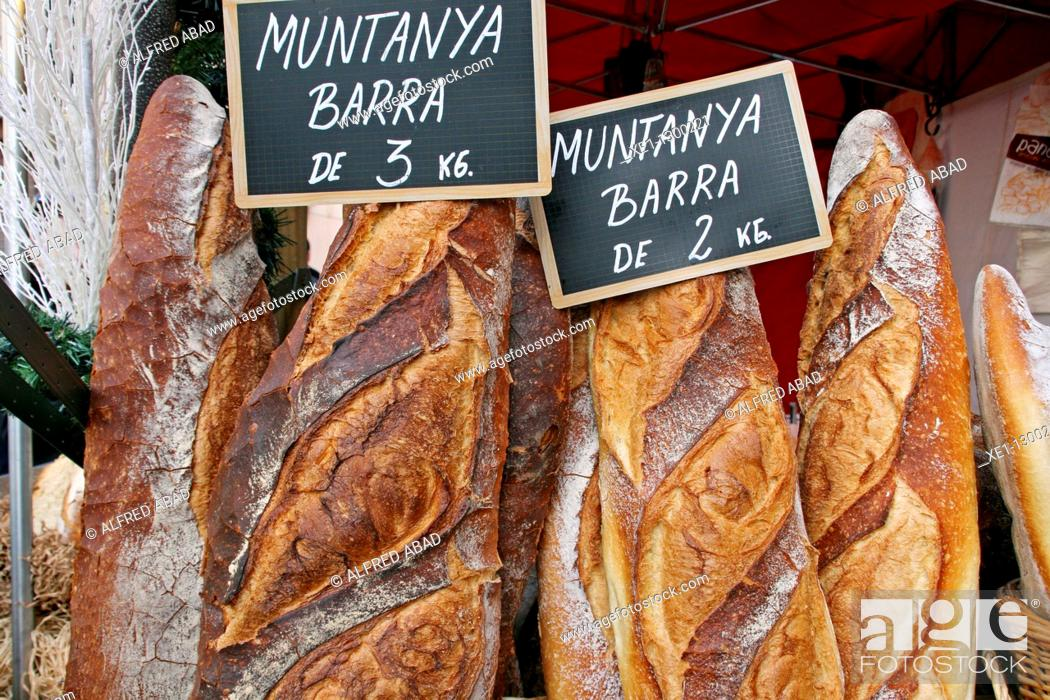 Stock Photo: 2 or 3kg wood bread, food.