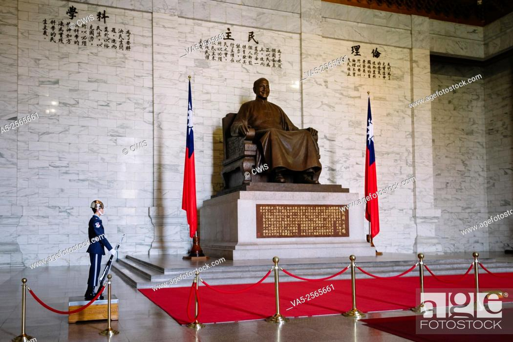Stock Photo: Taipei, Taiwan - The Statue of Chiang-Kai-Shek and the flag of Republic of China in the CKS Memorial Hall.