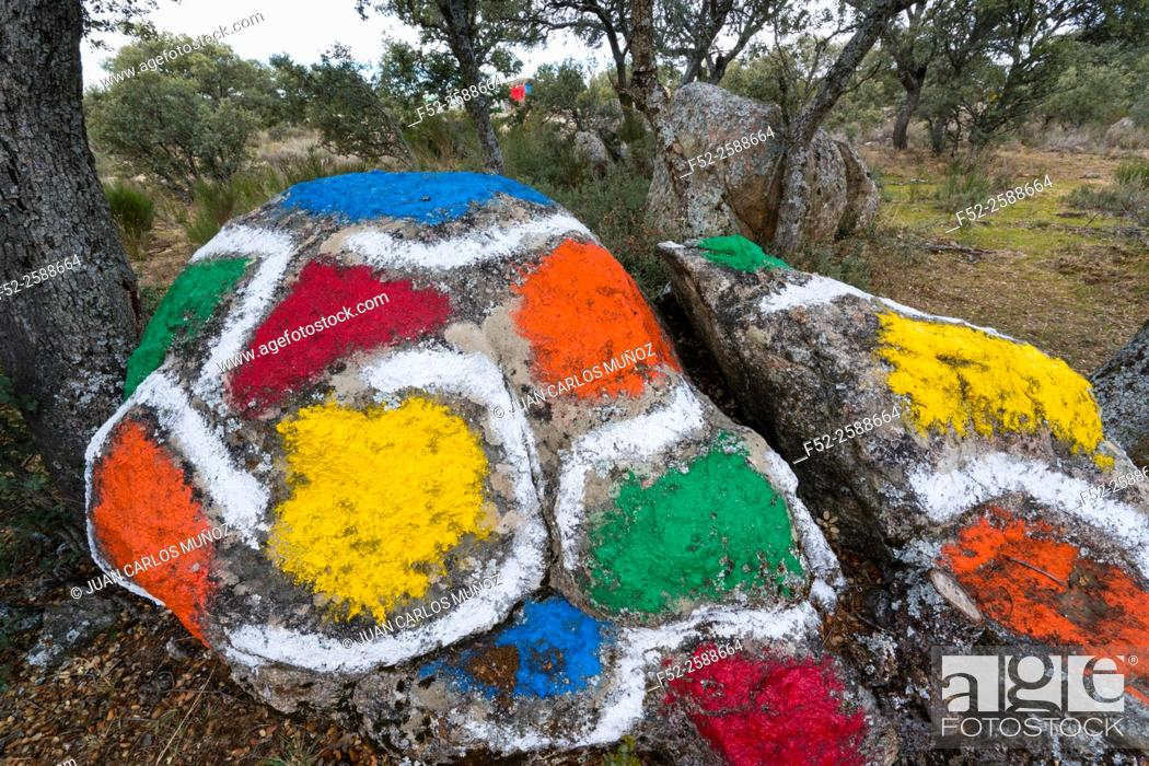 Stock Photo: 'Ibarrola en Garoza' (stones painted by Agustín Ibarrola in Garoza), Muñogalindo, Avila, Castilla y León, Spain, Europe.