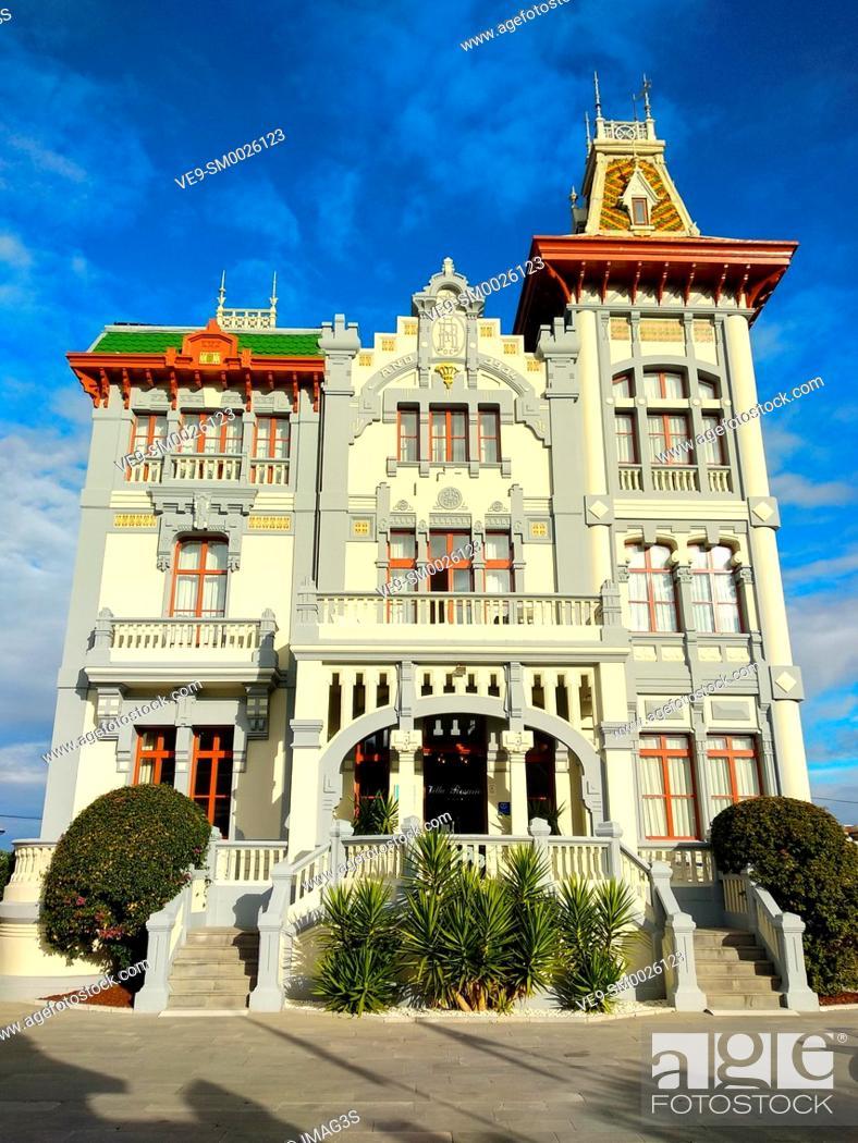 Imagen: Villa Rosario Hotel (built in 1914), Ribadesella, Asturias, España.