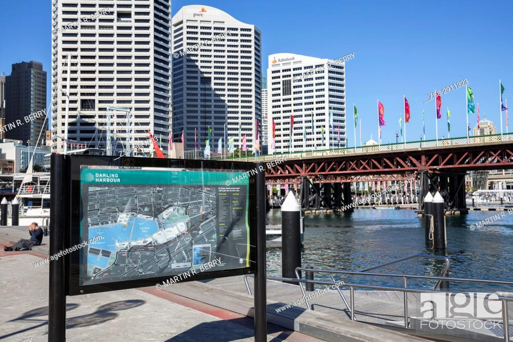 Stock Photo: Darling Harbour and Cockle Bay Wharf, Sydney, Australia.