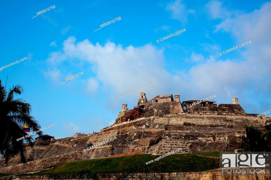 Stock Photo: San Felipe of Barajas Castle, Cartagena, Bolivar, Colombia.
